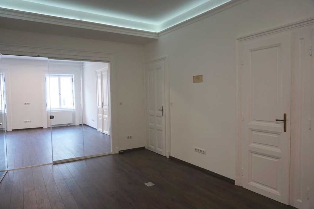 Andrassy Avenue, 2 bedroom flat
