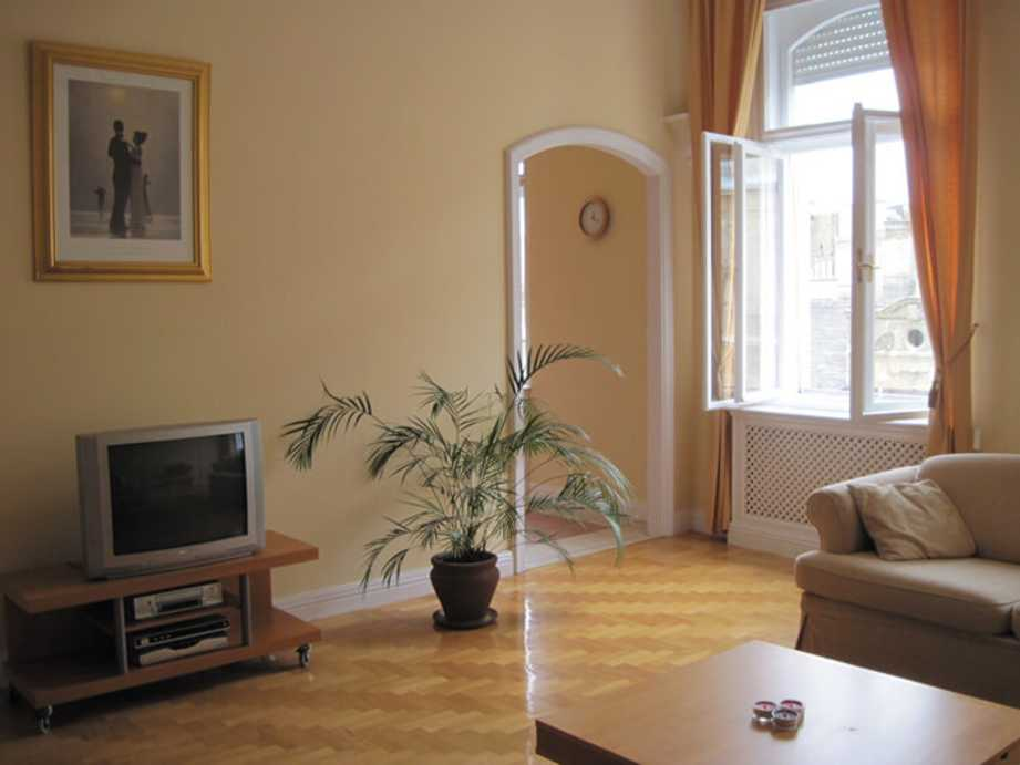Vécsey utca apartment for rent Budapest