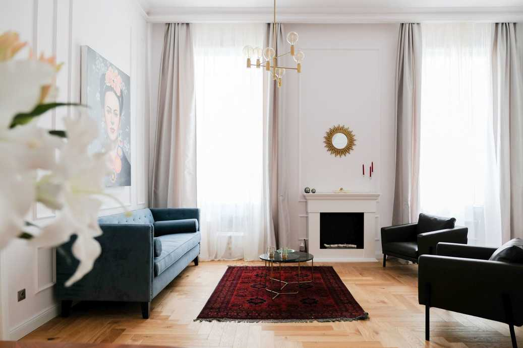 Oktober 6 street, luxury apartment for rent
