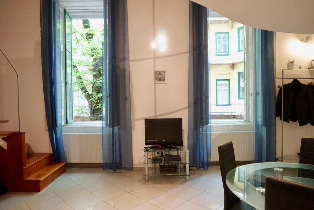 /storage/pms/property/lg/271/Apartment.for.rent.in.Budapest.near.Kalvin.Square00002.jpg