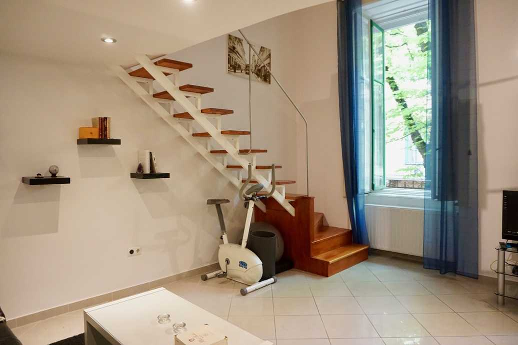 /storage/pms/property/lg/271/Apartment.for.rent.in.Budapest.near.Kalvin.Square00006.jpg