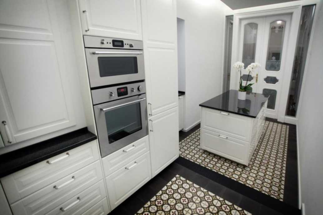 /storage/pms/property/lg/553/Kitchen..jpg
