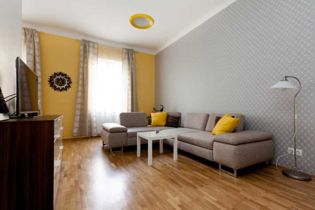 Zoltan street apartment for rent Budapest
