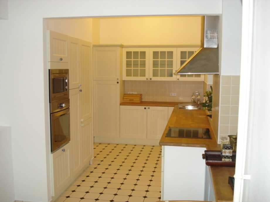 /storage/pms/property/lg/670/Kitchen-.JPG