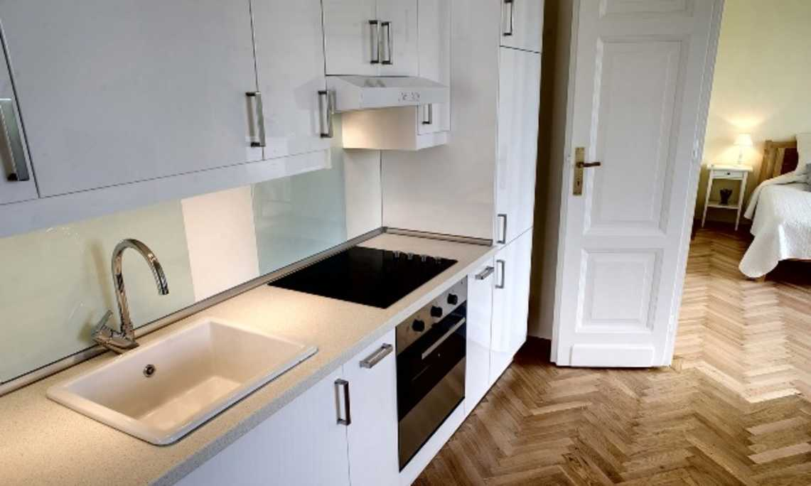 /storage/pms/property/lg/82/Kitchen-.jpg