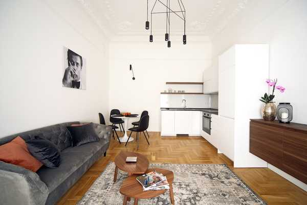 Attila steet apartment