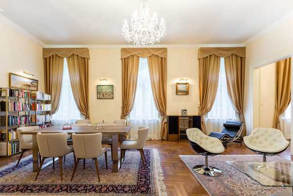 Hunyadi street apartment for sale