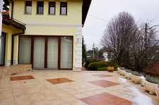 Szalamandra street house for rent
